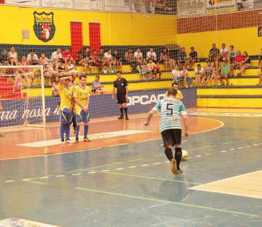 1db678f9bf Definidos os finalistas do Campeonato Municipal de Futsal