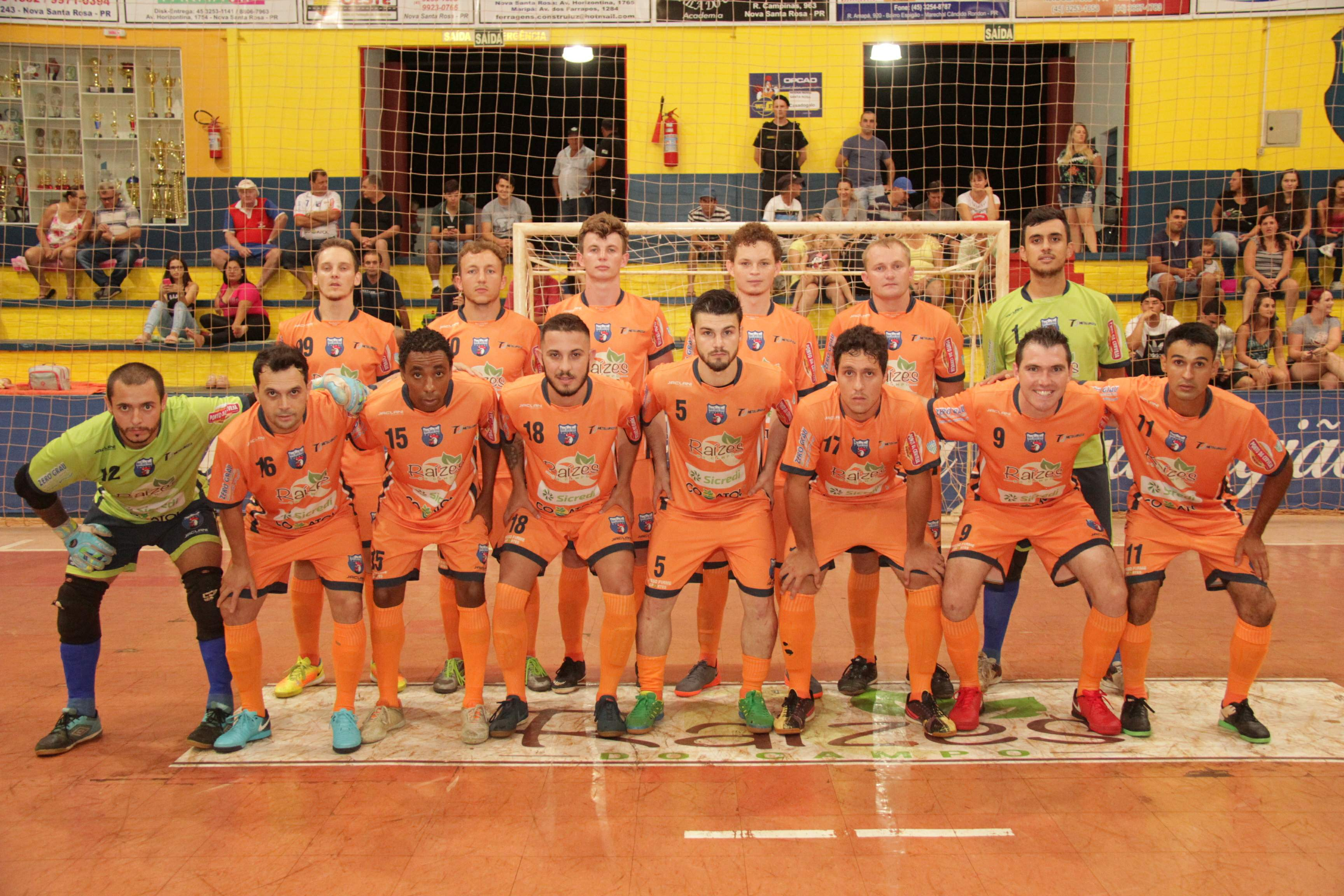 O Nova Santa Rosa Futsal venceu neste sábado (14) por 4 a 1 a equipe  Catanduvas  Ativa Sport 56985bb26d6d5